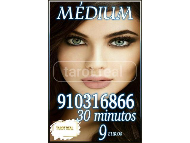 Tarot real 30 minutos 9 euros  videntes y médium  visa económico fiables