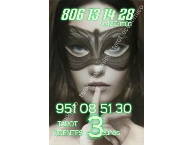 10 minutos 3 euros y 806 desde 0.42 €/ min tarot y videntes