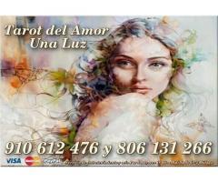 ¿TIENES DUDAS EN EL AMOR o LABORAL? 806 DESDE 0.42€/m